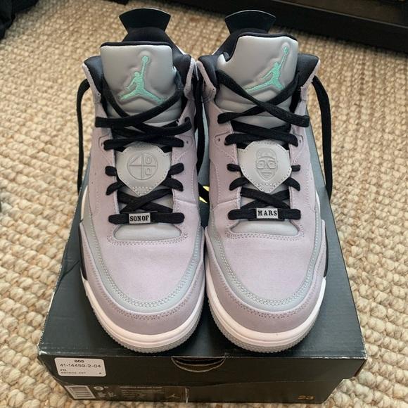 Jordan Son Of Mars Low Wolf Grey Shoes